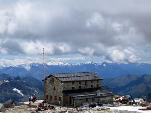 Mantova hut