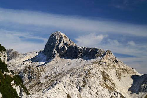 Lopa (2406m)