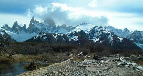 Trail to Campamento Rio Blanco (Patagonia)