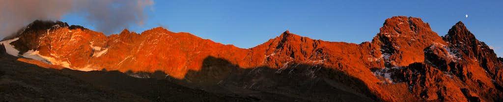 Disgrazia south ridge alpenglow
