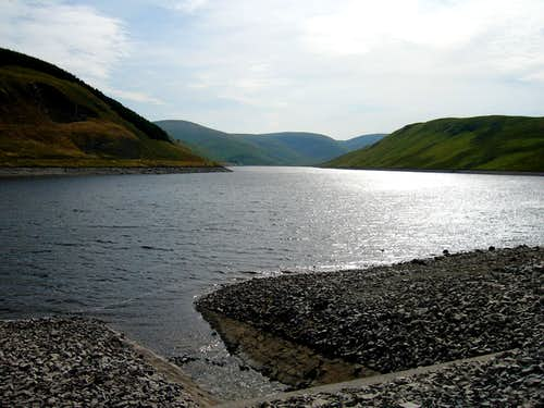 Fruid Reservoir