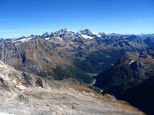 From the summit,view to Val Sissone and the group of Piz Bernina.