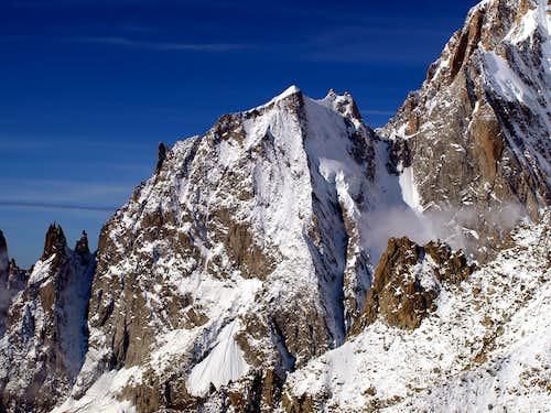 l'Aiguille Blanche de Peuterey (4112m)