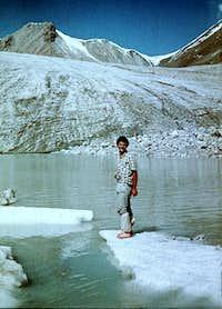 Ice is good for your feet! Headwaters of Chong-Aksu, Kyungey Alatau Range