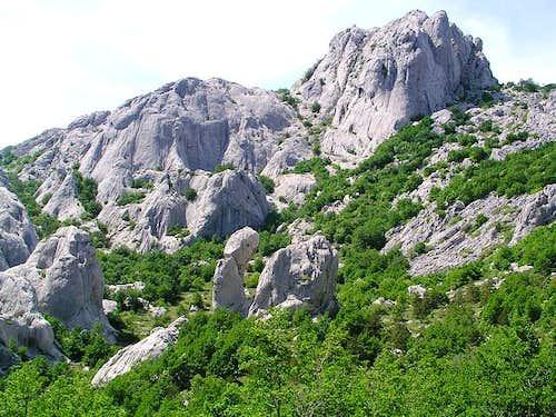 Bojin Kuk (1110m) , highest...