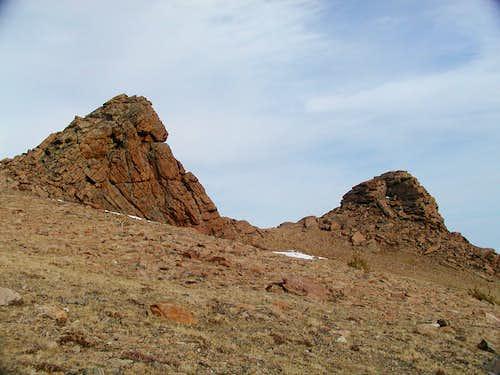 Rocky outcrops on Battle's southeast slope