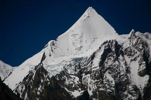 Angel Peak (6858 M), Karakoram, Pakistan