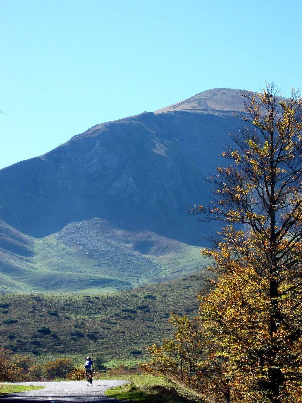 Northeast ridge of Orhi