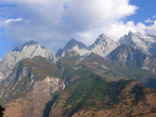 Yulong Xue Shan (5596 m) seen from the gorges