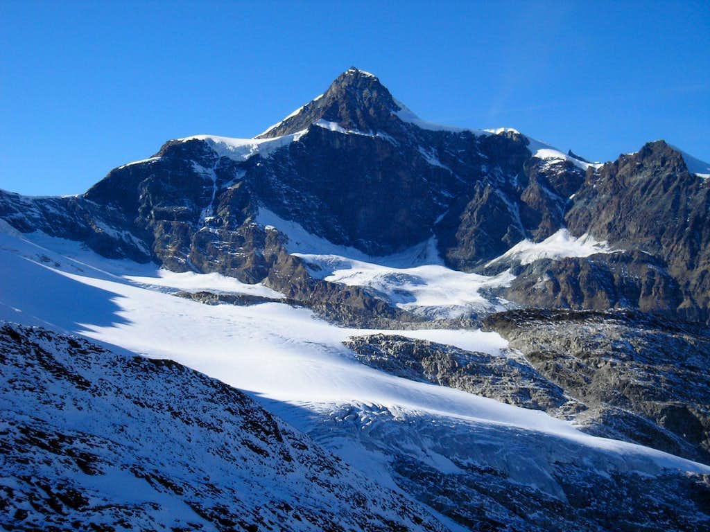Strahlhorn 4190 m