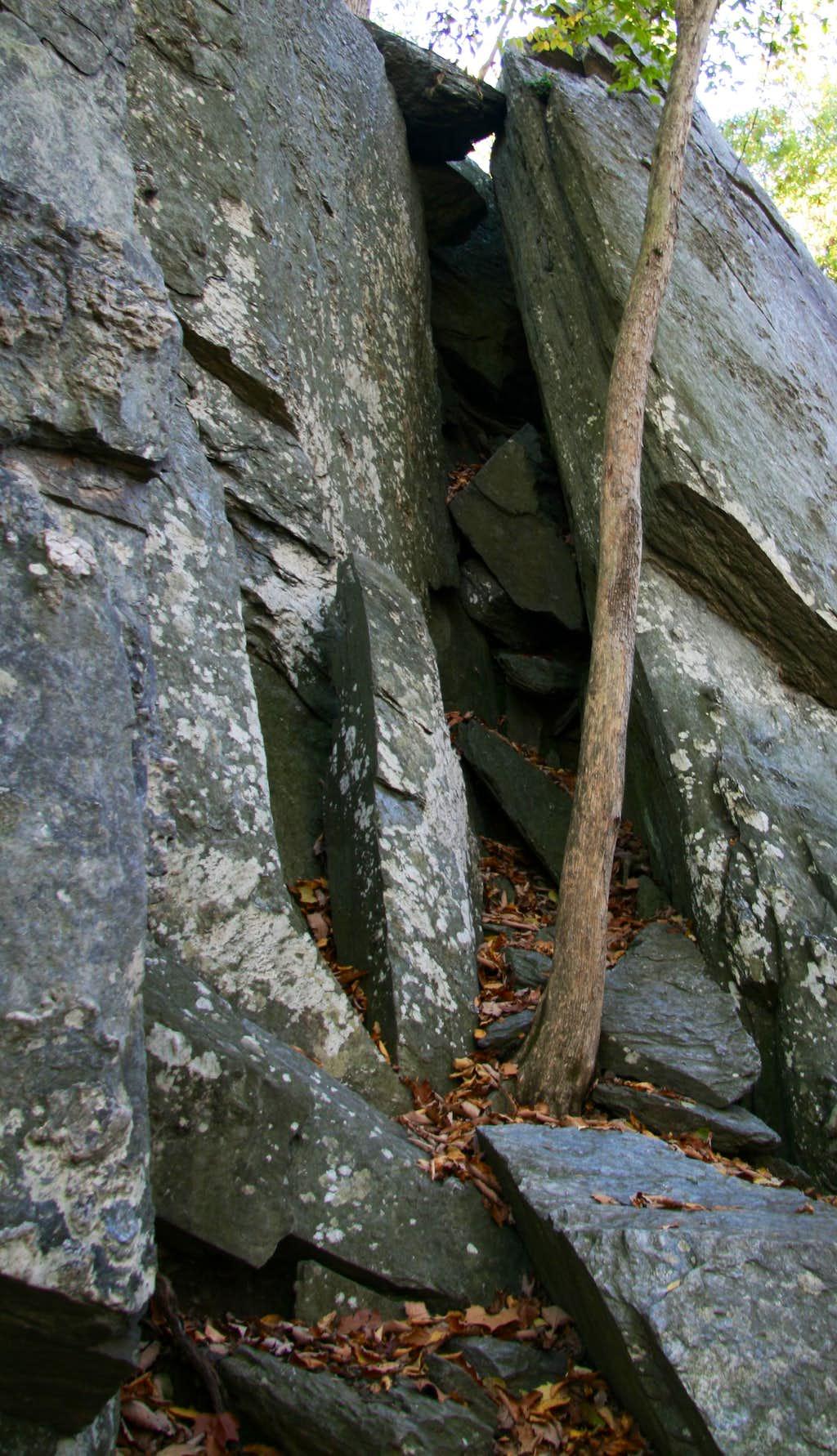 Carderock-- Chockstone Chimney (5.3)
