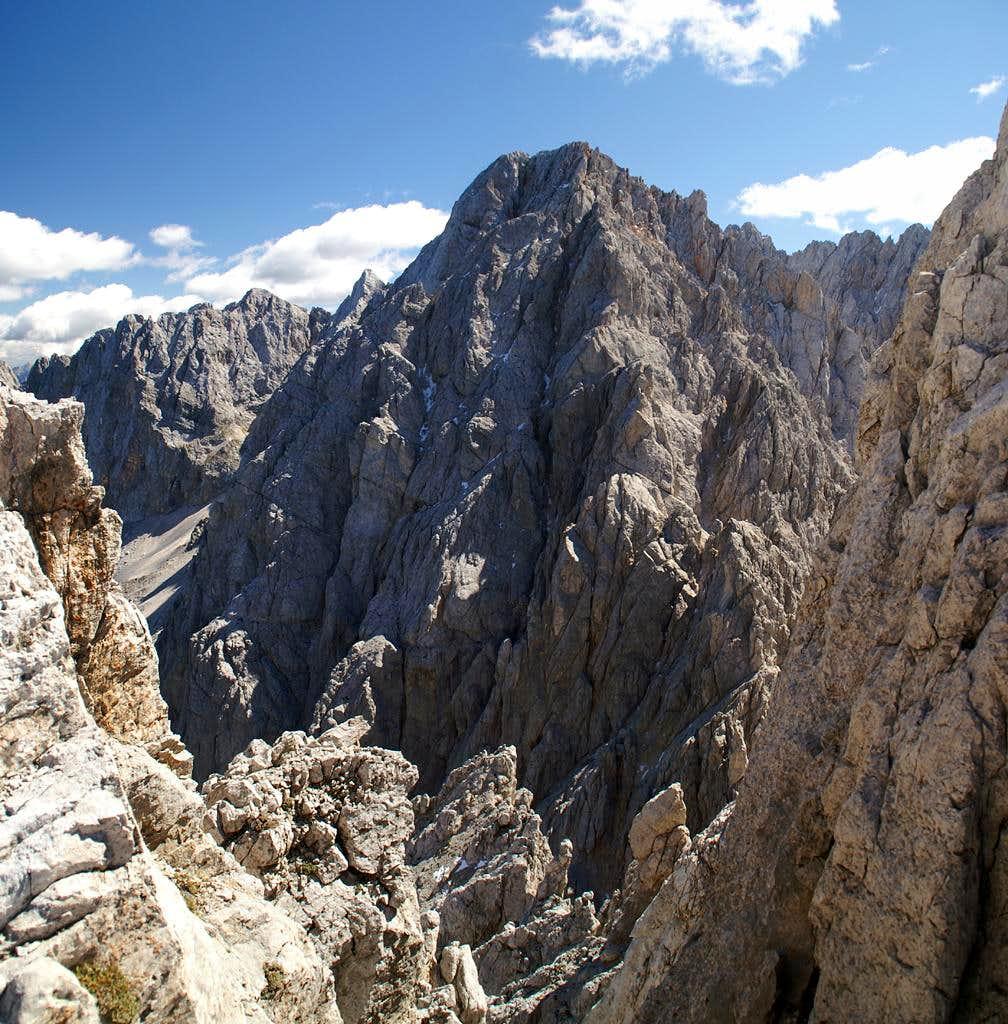 Dovski Kriz (back, 2542m), Velika Ponca (2592m)
