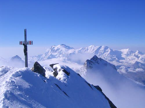 Top of Dom 4545m