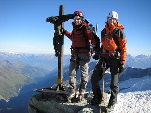 On the Top of Zinalrothorn 4221m