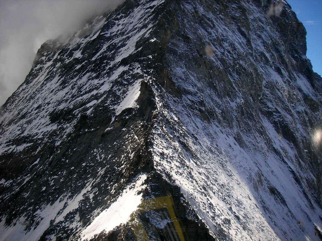 Matterhorn 4478m - Hörnli ridge, Foto from helicopter
