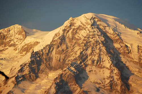 Close up of Mt. Rainier showing Success Cleaver