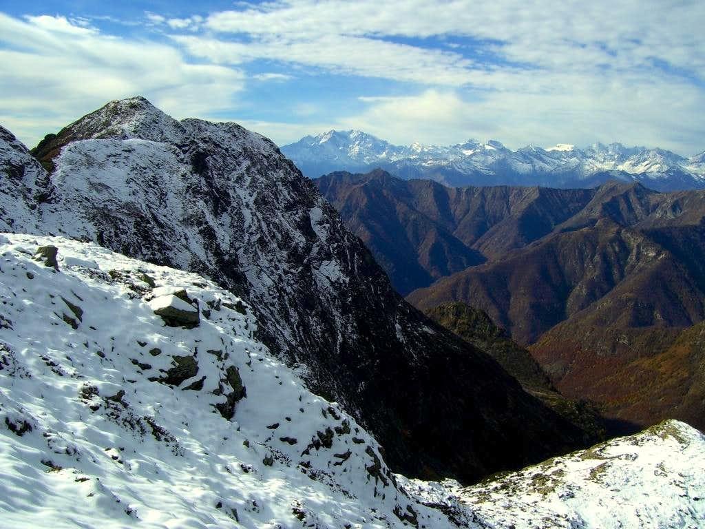 Laurasca summit view01