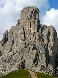 Gusela above Passo Giau