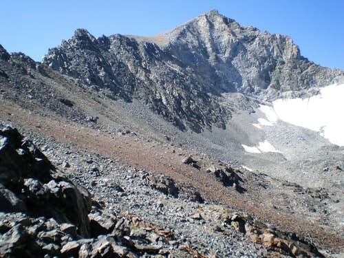 Rodgers Peak north face from near lake 11746