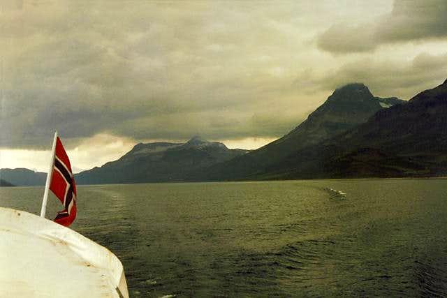 Torfinnstindane from the Lake Bygdin ferry