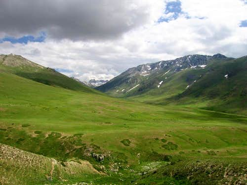 Grassy Plateau of Deosai