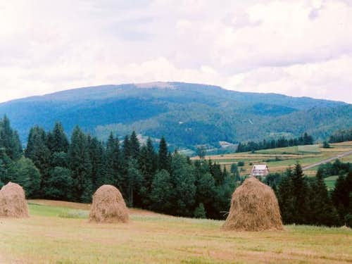 Beskid Wyspowy-Polish Mountains