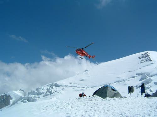 Camp above the refuge de Gouter