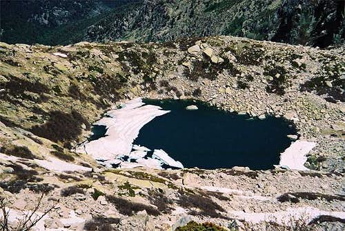 Lac d'Oro seen from the ridge...