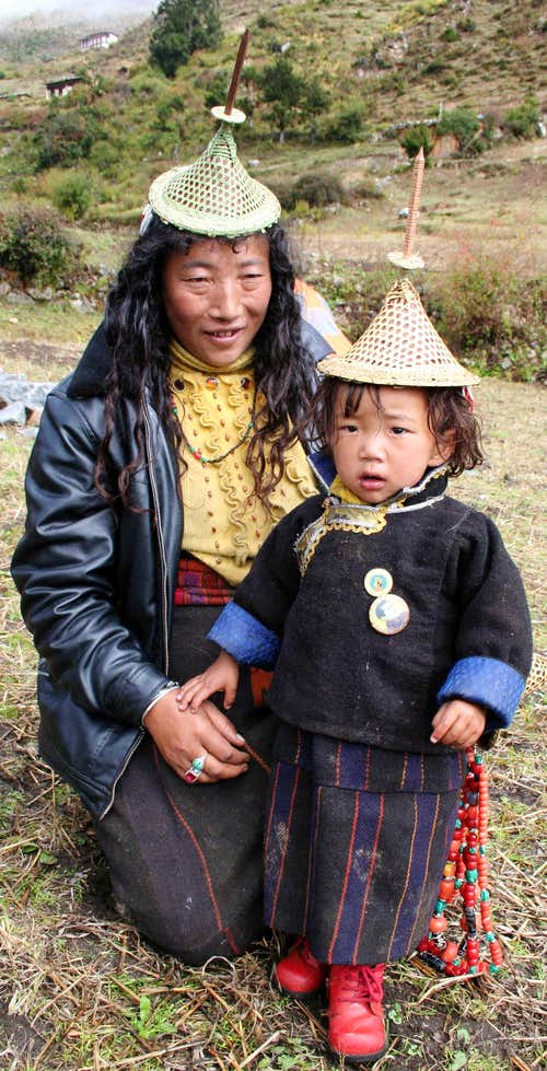 Laya mother and child