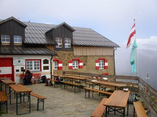 Breslauer Hütte terrasse