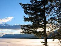 Beatiful Lake McDonald in Winter