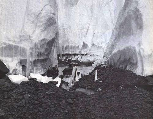 In the jamble of ice at the...