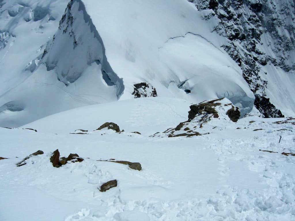Jungfrau 4158m Flank