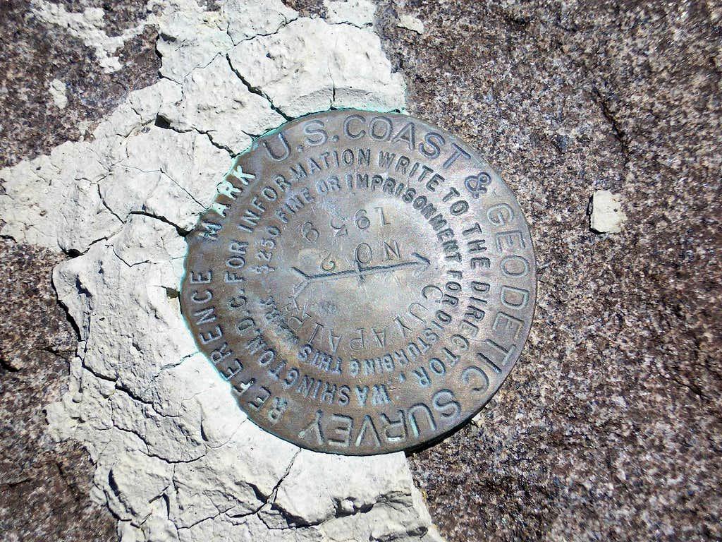 Ye Olde Summit Marker