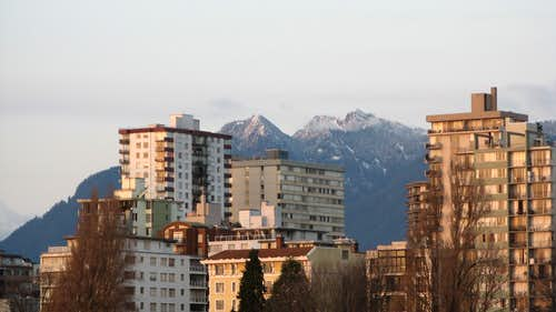 city by the mountains