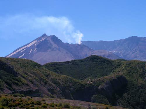 Smoking Mt. St. Helens
