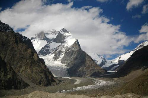 Muztagh Towers (7284m), Karakoram, Pakistan