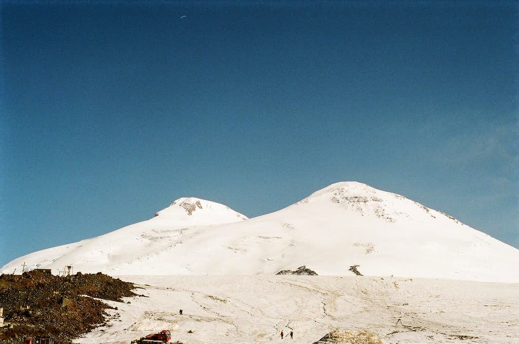 Clear sky above Elbrus