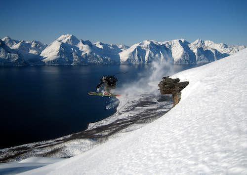 Skiing....Kåfjorden, Norway