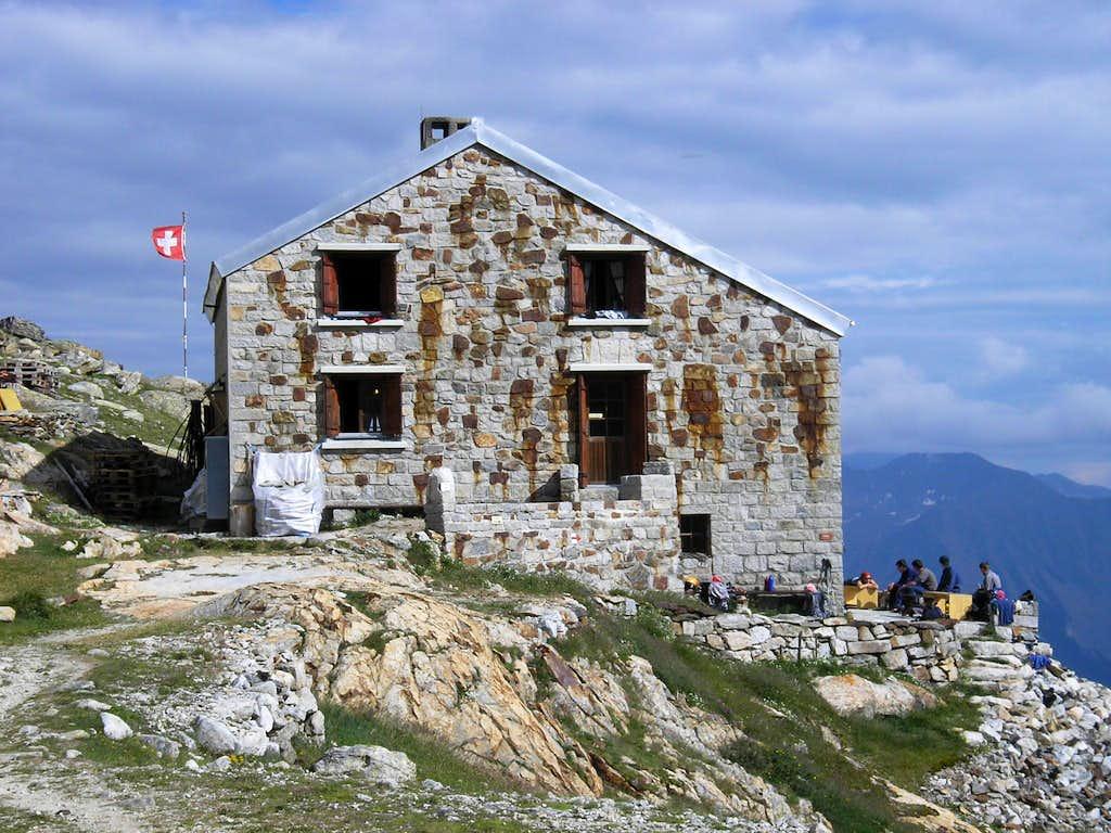 Oberaletsch Hut 2640m