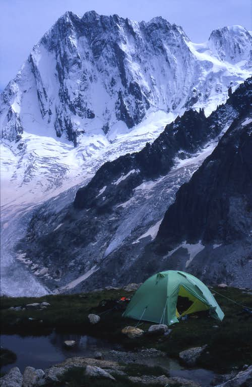 Camp in Talefre Valley