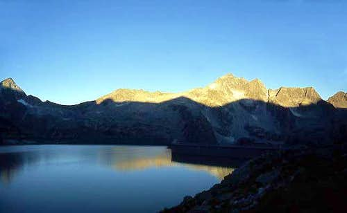 Corno Baitone seen from Lago d'Avio.