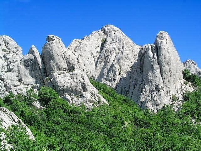 Towers in Bojinac group ,...