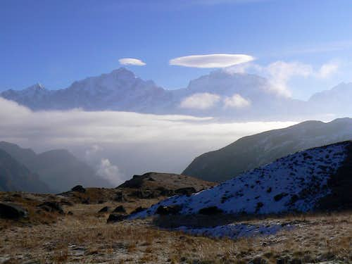 Double Lenticular over Manaslu