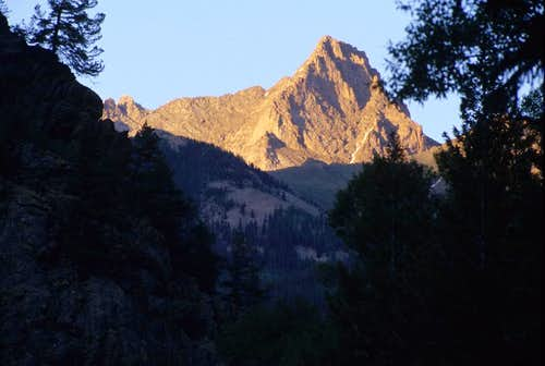 Pigeon Peak from the Animas River