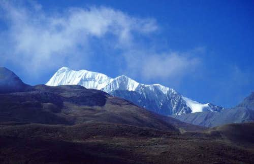 Climbing and trekking around Minya Konka (Gongga Shan)