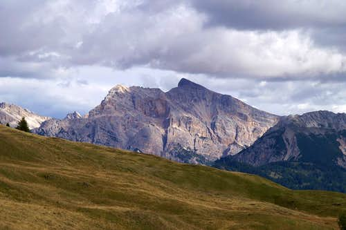 Monte Sella di Sennes (2787m) und Seekofel (2810m)
