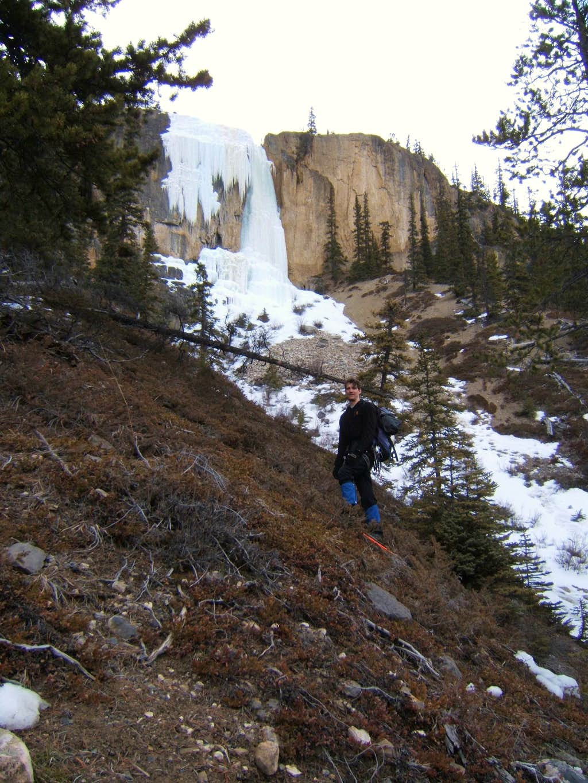 Approach to Stanley Falls Senior - Jasper