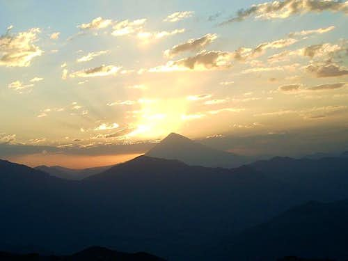 Sunrise From damavand