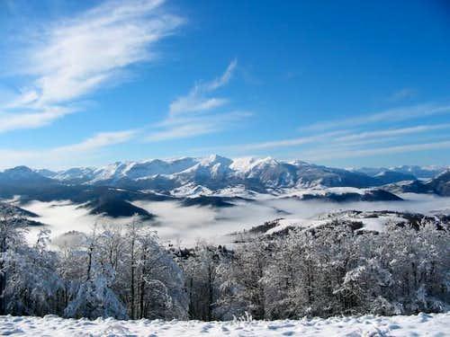 View on the Visocica peaks...